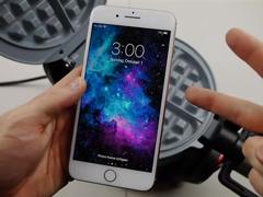 """都是电池的""""锅""""?国外网友对iPhone 8 Plus进行加热测试"""