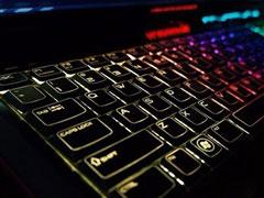 笔记本键盘灯怎么打开?