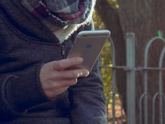 苹果iPhone或因拒装官方应用在印度市场遭禁