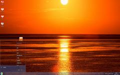 美丽的夕阳海边风景Win7主题